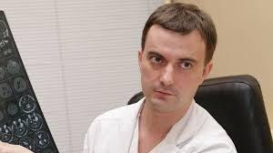 Bolezn_Parkinsona_simptomi_i_priznaki_u_molodykh