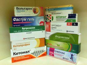 Bolit_spina_v_oblasti_poyasnitsy_chem_lechit